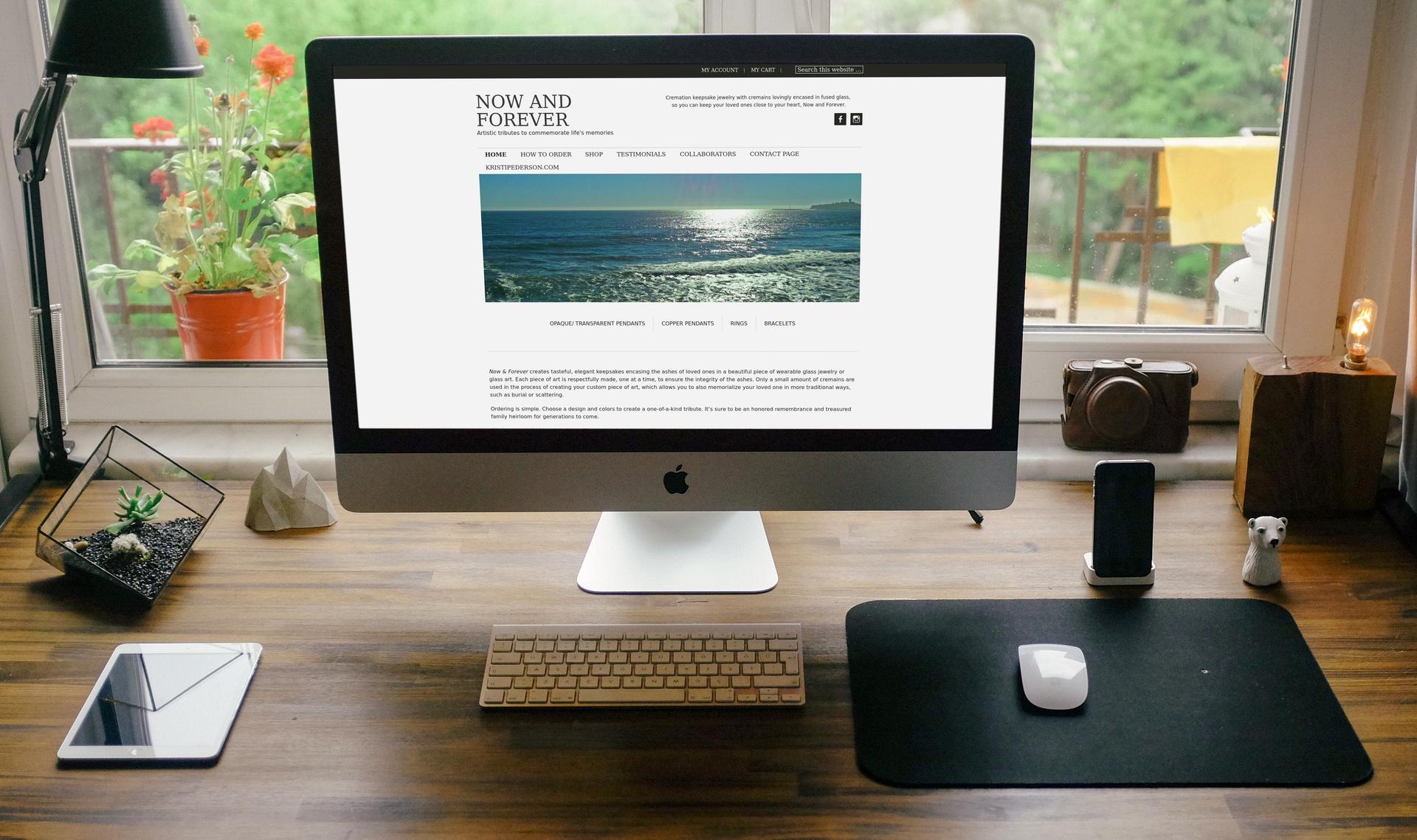 www.nowandforeverartglass.com